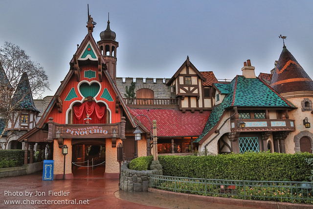 DLP Dec 2013 - Wandering through Fantasyland