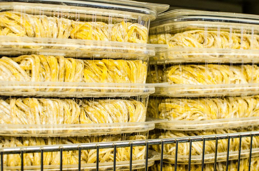 fresh wonton noodles