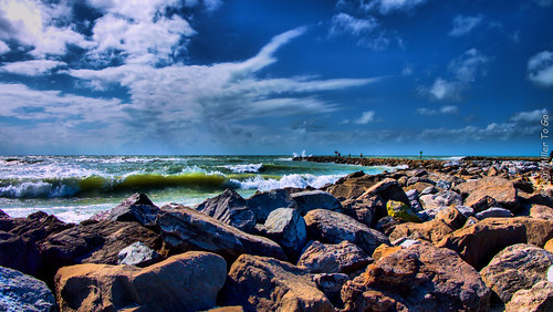 gulfofmexico rocks waves jetty hdr gf1 3xp 3exposures hdrphotography