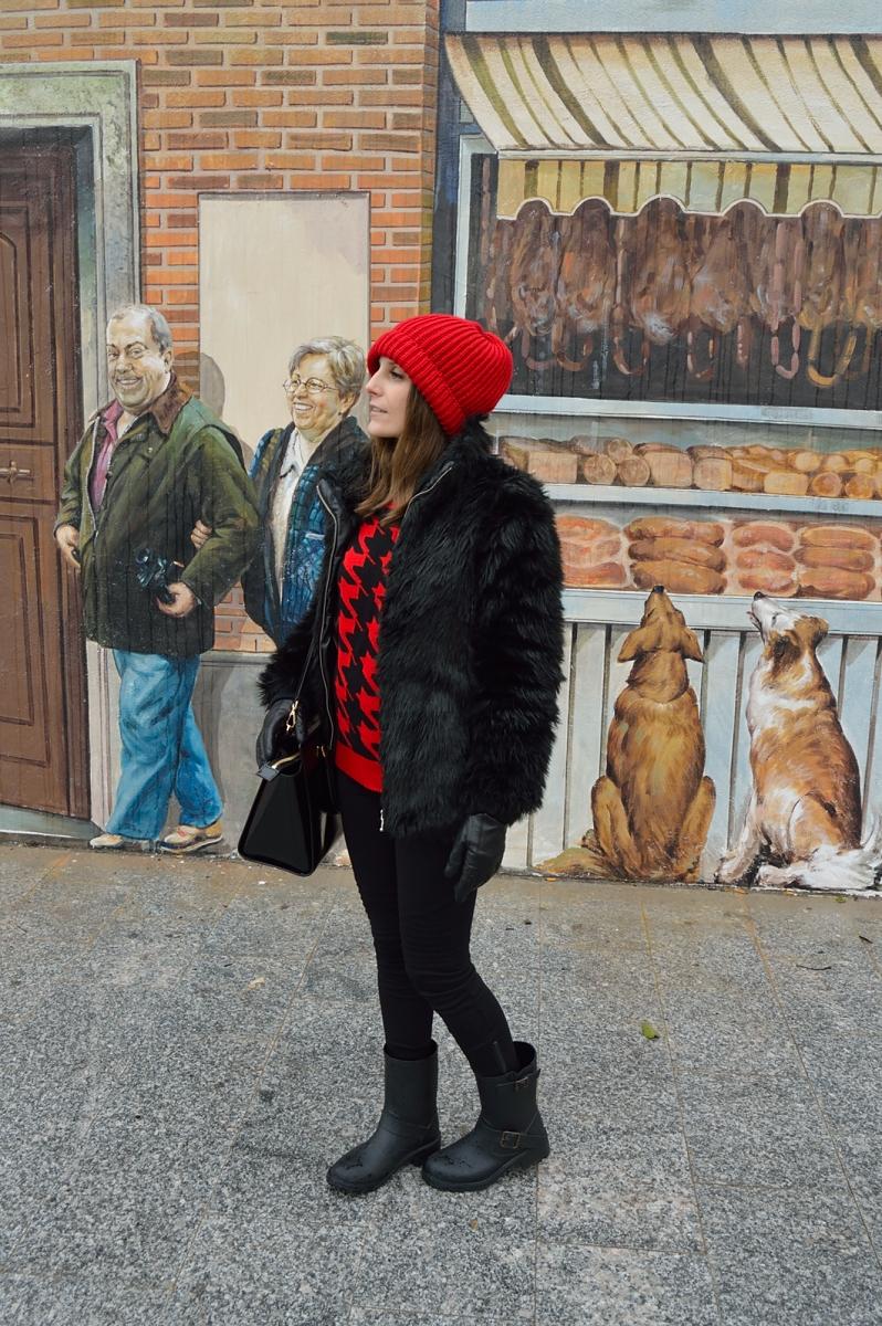 lara-vazquez-madlula-blog-fashion-rd-black-outfit-winter-faux-fur-coat
