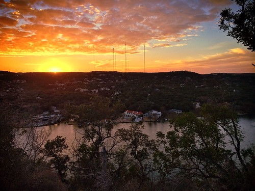 sunset austin texas lakeaustin presidentsday mountbonnell covertparkatmtbonnell