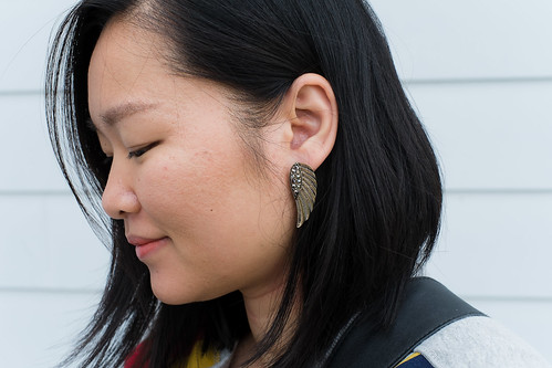 old navy gold wing earrings