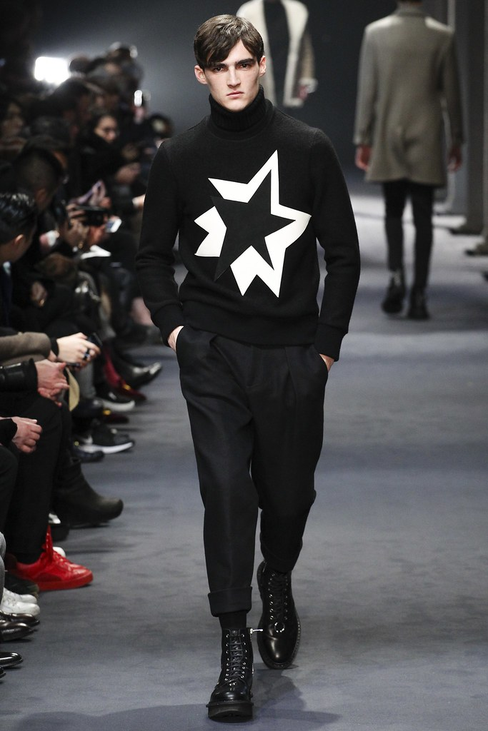 FW15 Milan Neil Barrett029_Elliot Vulliod(VOGUE)