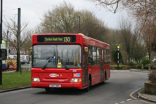 Metrobus-London General 214 on Route 130, New Addington