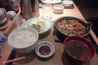 P1060660 Deliciosa cena en el Yayoiken (Fukuoka) 13-07-2010