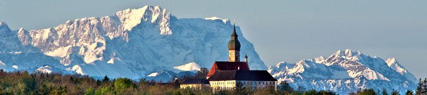 Zugspitz Trekking. Wettersteingebirge mit Zugspitze. Foto: Florian Werner.
