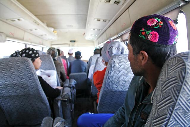 People in the local bus, Kumul (Hami) ハミ、ローカルバス車内