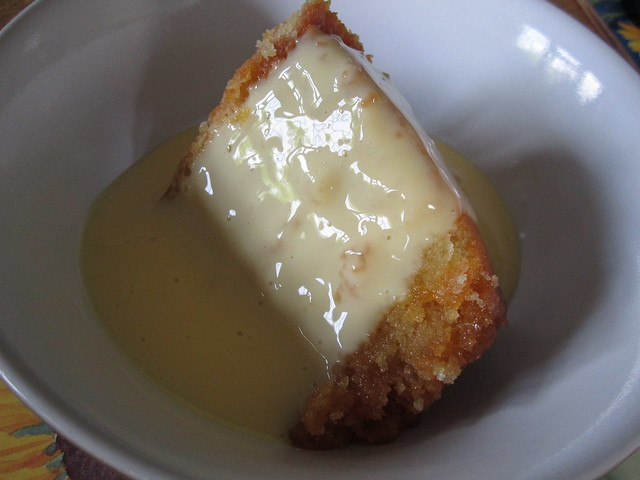 steamed syrup sponge and custard