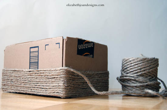 Elizabeth Joan Designs' Brilliant idea for upcycling cardboard boxes into baskets