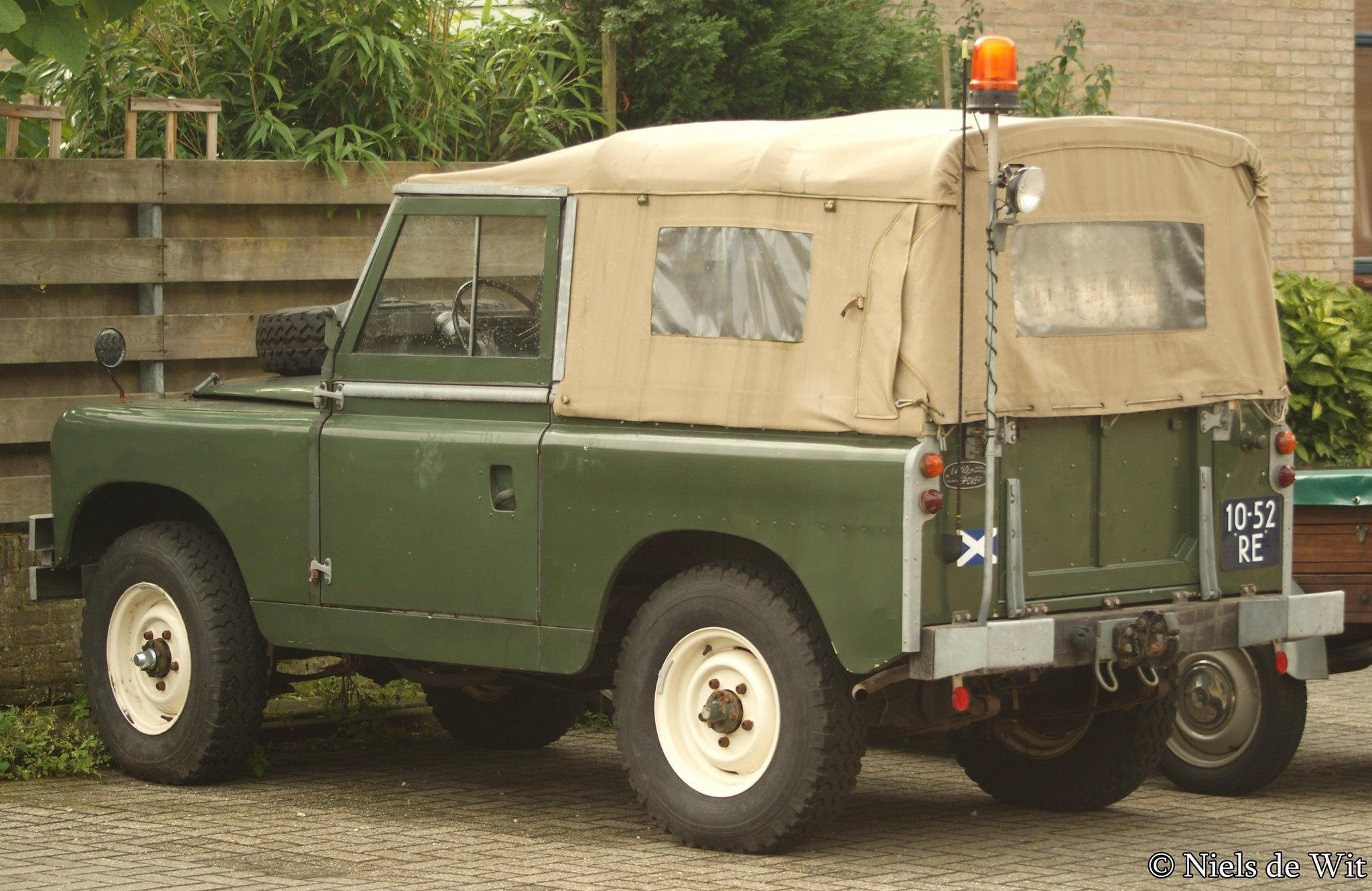 1964 land rover 88 pick up flickr photo sharing. Black Bedroom Furniture Sets. Home Design Ideas