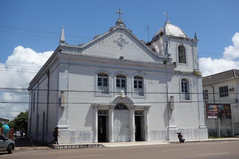 Fotografia do exterior da Igreja de São José de Macapá, Amapá Brasil