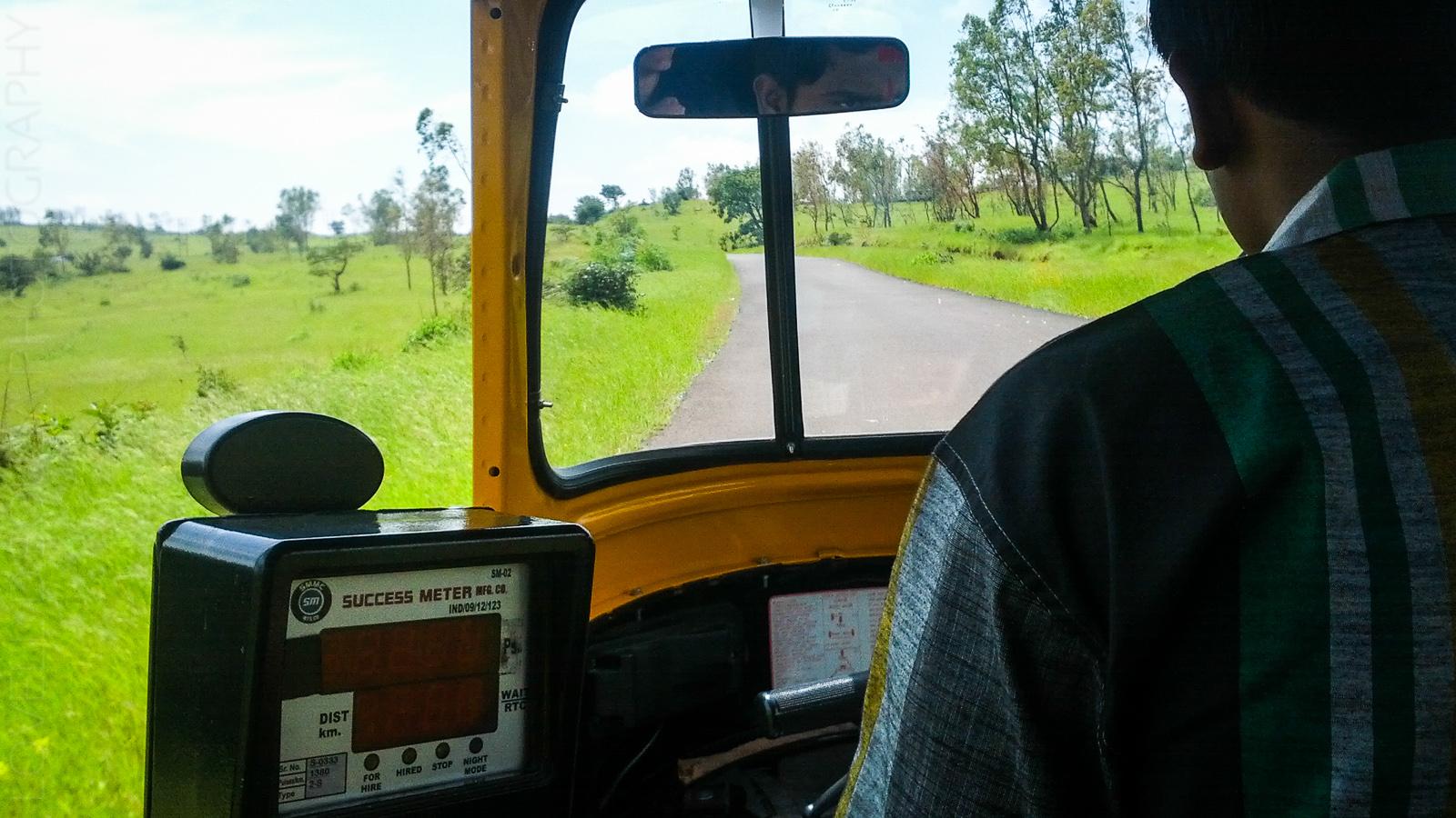 Autorickshaw to Thoseghar