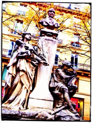 WYSIWIG by Paris Set Me Free