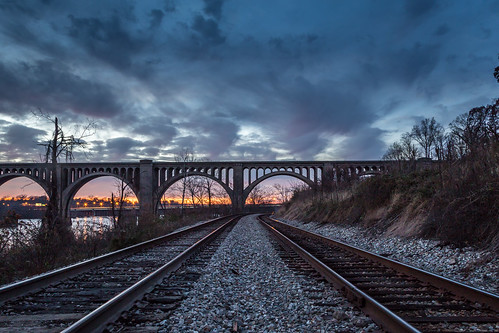 sunset night evening cloudy trainbridge largerthanlife pwwinter rvaf toastbest
