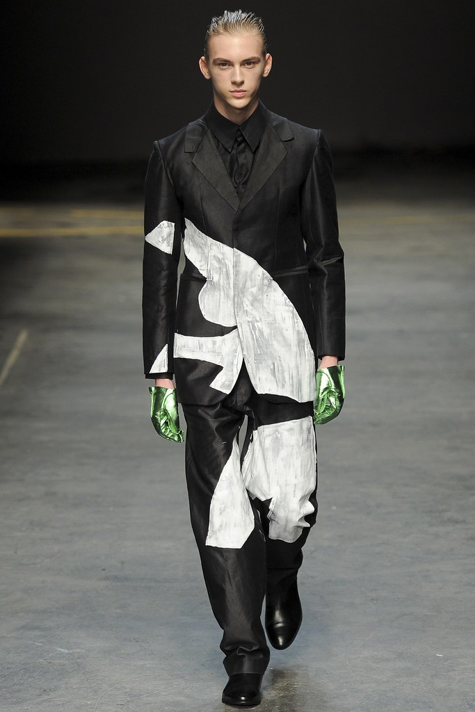 FW14 London MAN-Alan Taylor015_Dominik Sadoch(VOGUE)