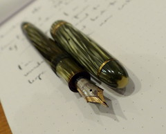 Montblanc 146 Green striated