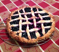 pie, baking, blueberry pie, blackberry pie, linzer torte, baked goods, food, dish, dessert, cherry pie, cuisine,