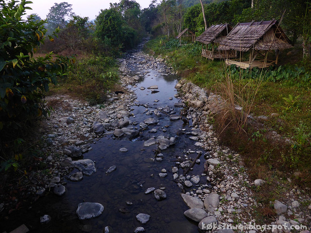 Kaeng Nyui Bike Trip Stream