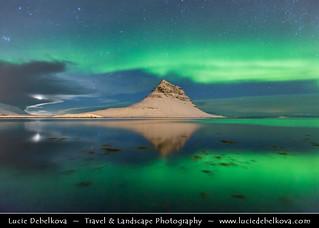 Iceland - Snæfellsnes - Grundarfjörður - Kirkjufell during setting Moon & Northern lights - Aurora Borealis