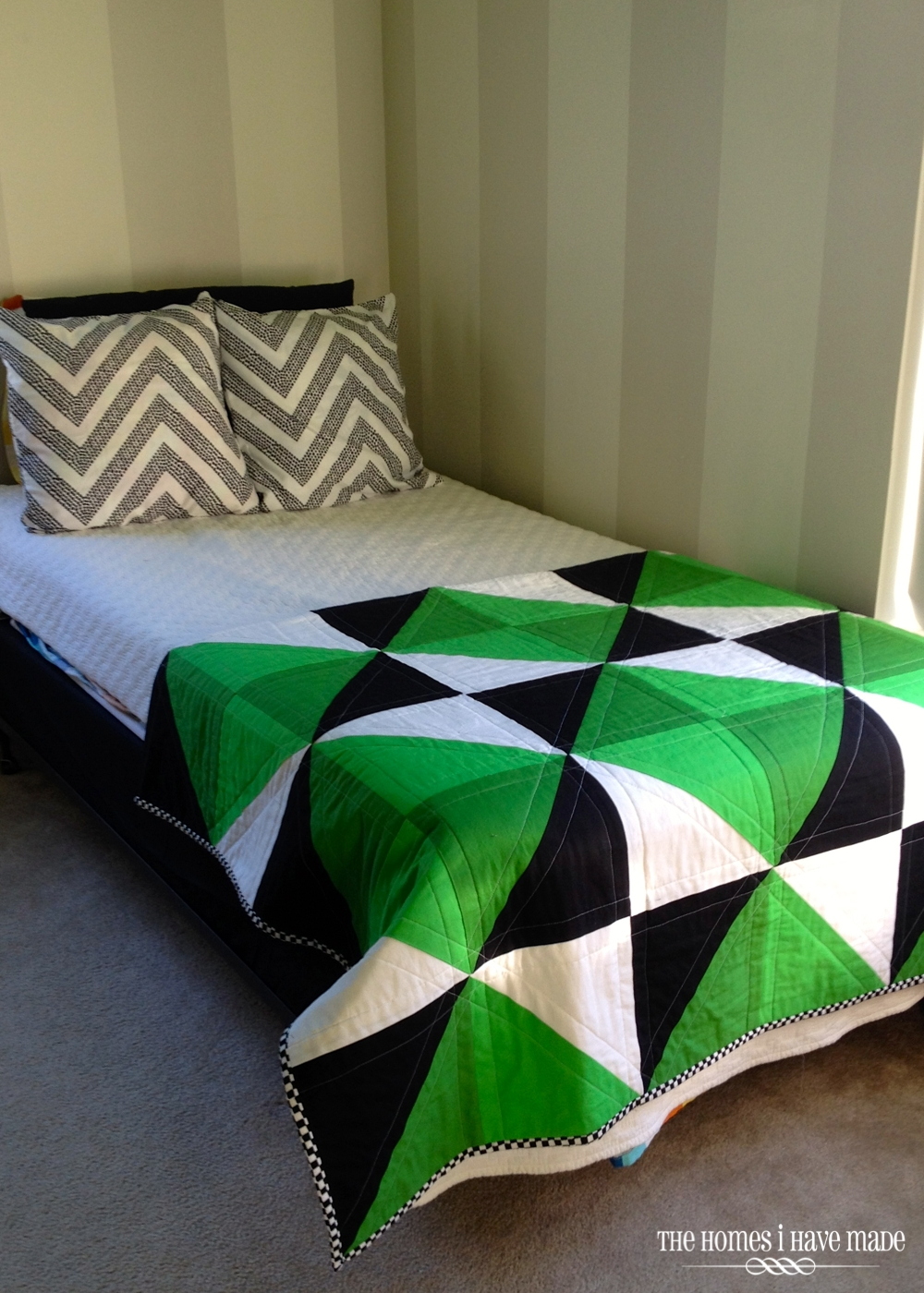 Henry's Green Quilt-009