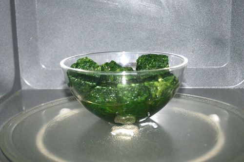 06 - Spinat auftauen / Defrost spinach