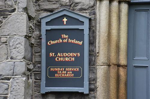 Ist nur am Sonntag zu besuchen (zum beten)