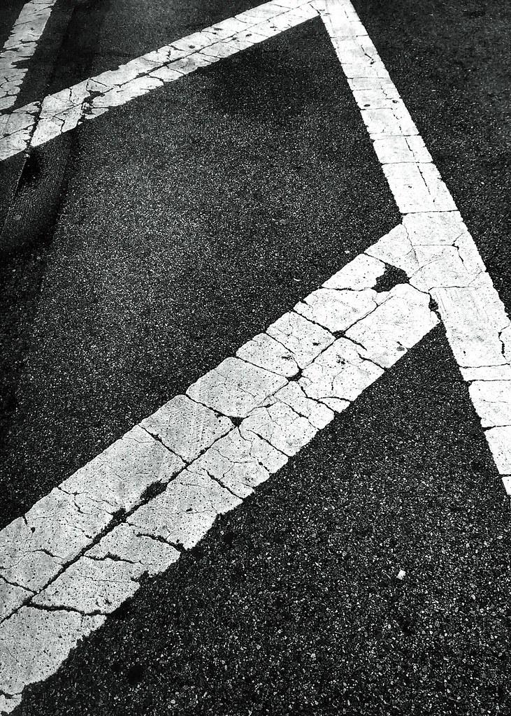 White lines #walkingtoworktoday