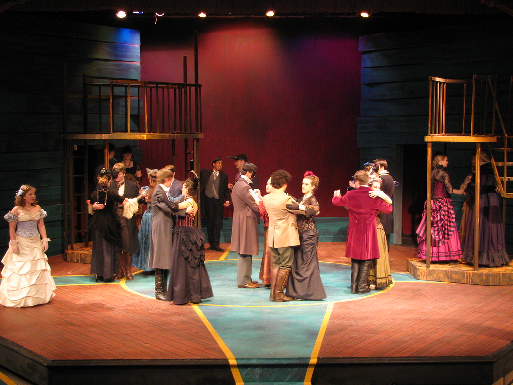 Gettysburg's Owl &amp; Nightingale Players perform <i>Romeo and Juliet</i> on the Kline Theatre stage.