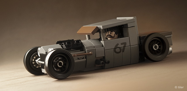 Mike Burroughs' BMW-Powered 1928 Ford Model A in Lego _12