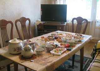 Spread of food at a Kazakh house