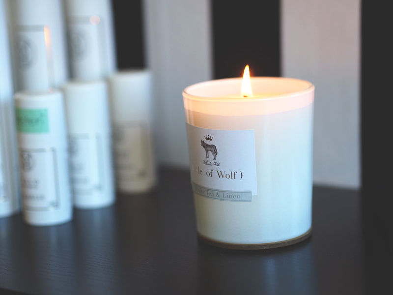 white tea and linen eco candle