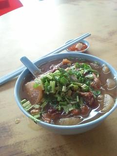 牛腩粉, bee hoon  perut lembu