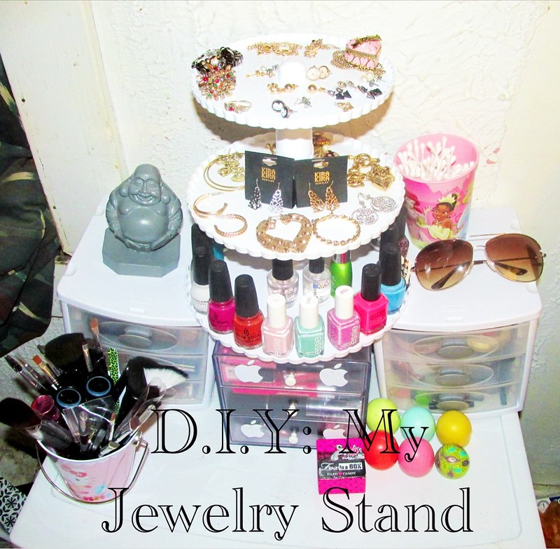 D.I.Y: My Jewelry Stand