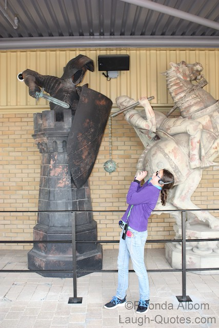 Giant enchanted chess piece, Harry Potter Studios