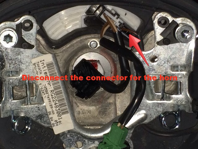 disconnect horn wire
