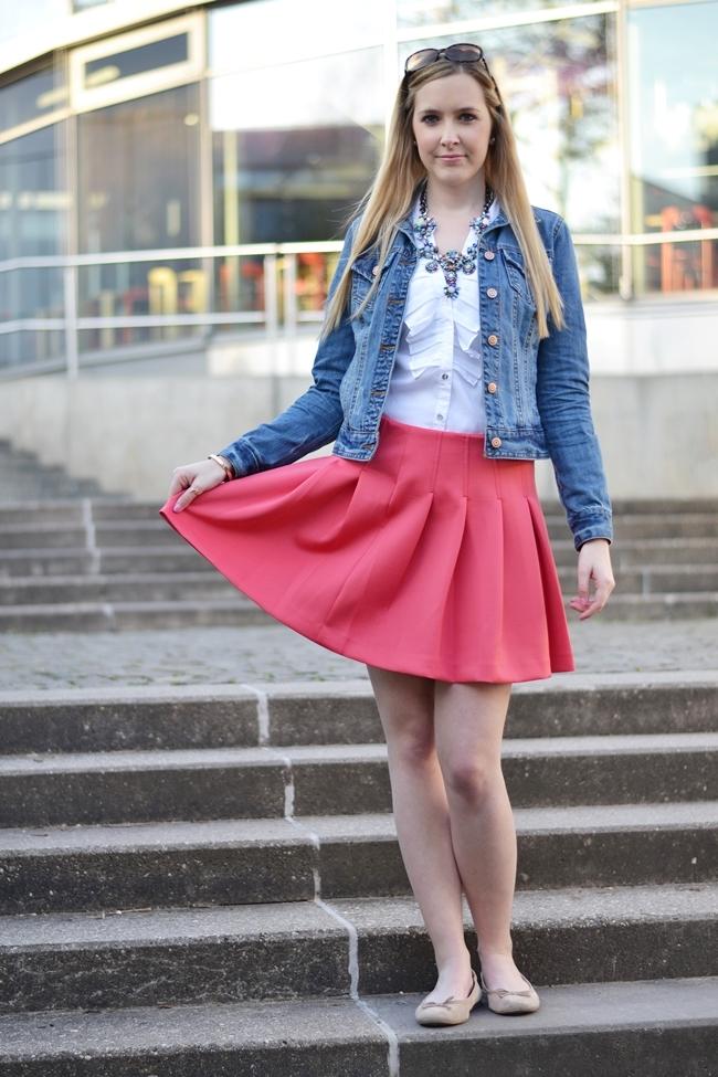Outfit Willkommen Beinfreiheit (3)