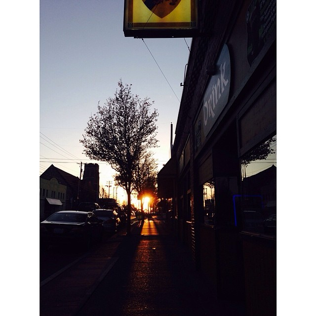 #sunset on Sixth #tacoma #tacomalife #pnw #upperleftusa