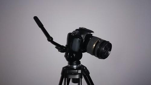 Sony Xperia Z2 - zdjęcie z lampą