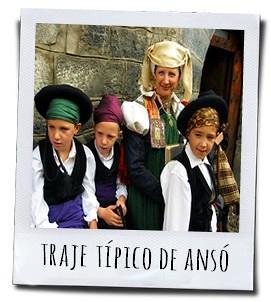 Typische klederdracht van de provincie Huesca