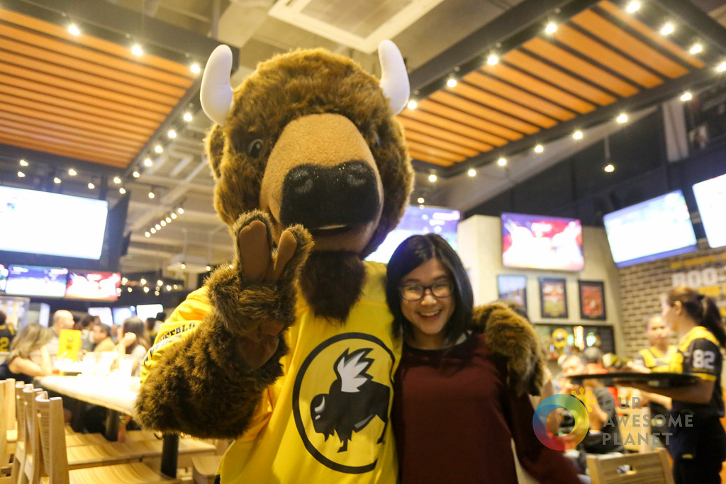 Buffalo Wild Wings Opening-48.jpg