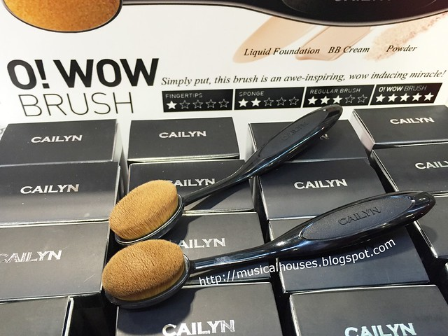 Beauty Asia 2015 Cailyn O Wow Brushes