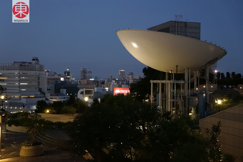 Namba Parks, Осака, Япония