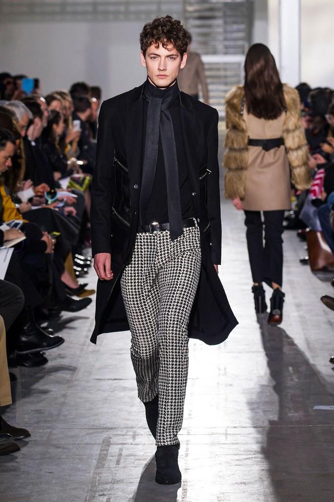 Jakob Hybholt4152_FW15 Milan Costume National(fashionising.com)