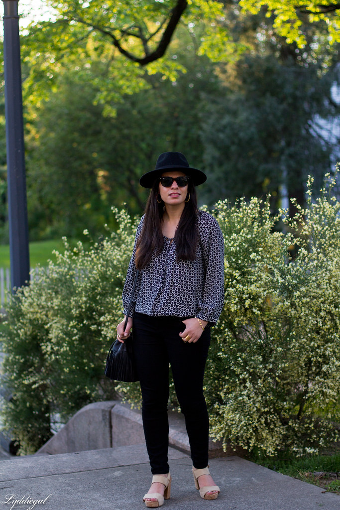 joie blouse, black jeans, fringe bag, wool felt hat.jpg