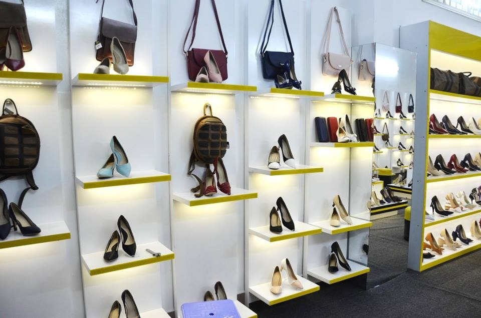 Hệ thống cửa hàng giày Sofia