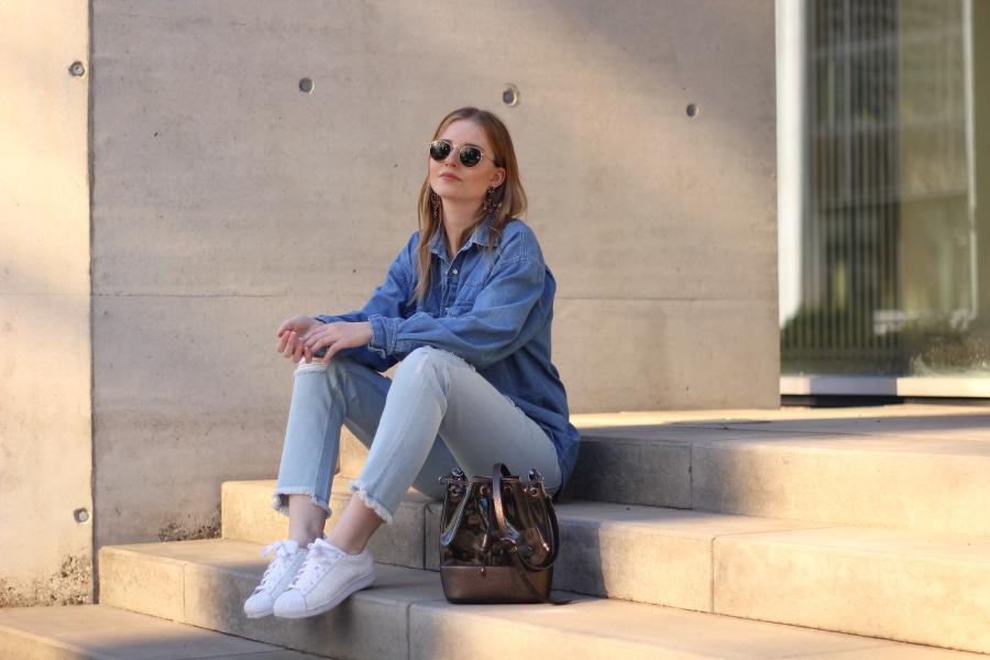 outfit jeans all over vintage zara cropped jeans rayban hippie frankfurt blog