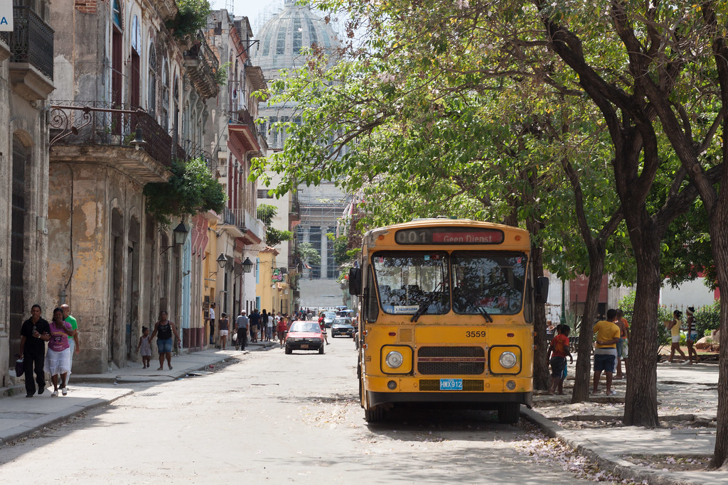 Nederlandse bus in Cuba