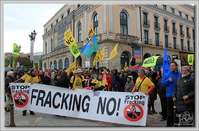 1 Manifestación contra el fracking en Burgos