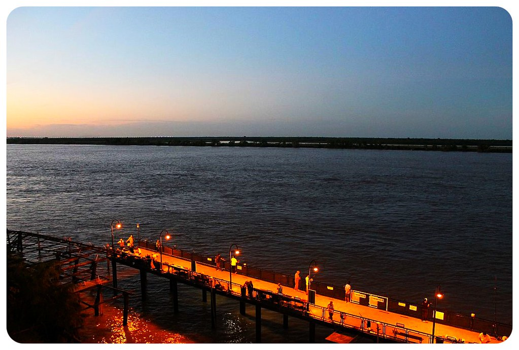 rosario river at night