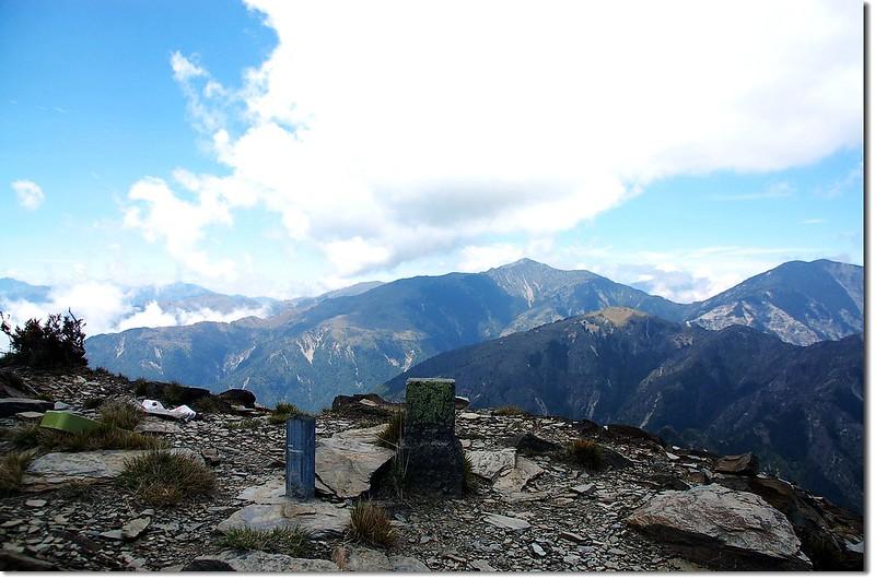 馬利加南山森林三角點(Elev. 3546 m) 2